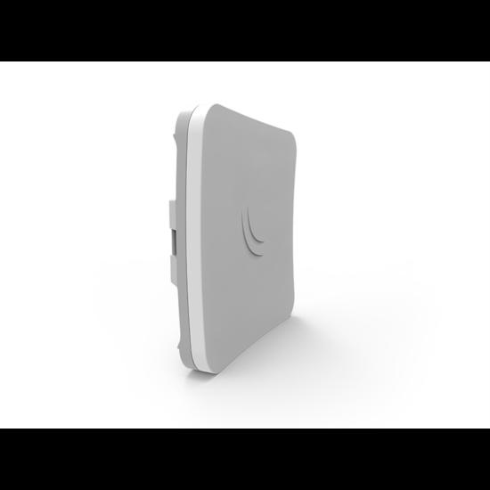 MikroTik SXTsq Lite5, 16dBi 5GHz antenna, Dual Chain 802.11an wireless, 1xLAN, L3